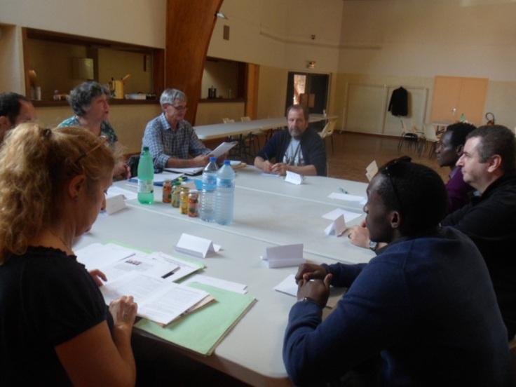 Comment mettre en œuvre nos  actions pour qu'elles soient en adéquation avec les désirs, le potentiel et les besoins des habitants et des autorités de Bwira et qu'elles contribuent au développement des liens entre nous et eux ?