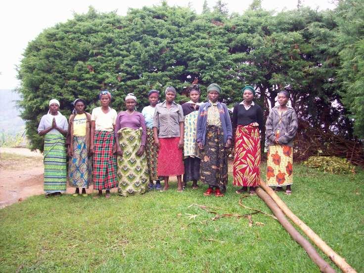 Avec l'ensemble de nos adhérents, nos enfants et nos familles de Bwira, nous vous souhaitons une année de Bonheur, de Bonne Santé et de Prospérité.